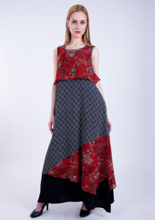 Maroon and Black  A-line Georgette Printed Dress With Attached Cape